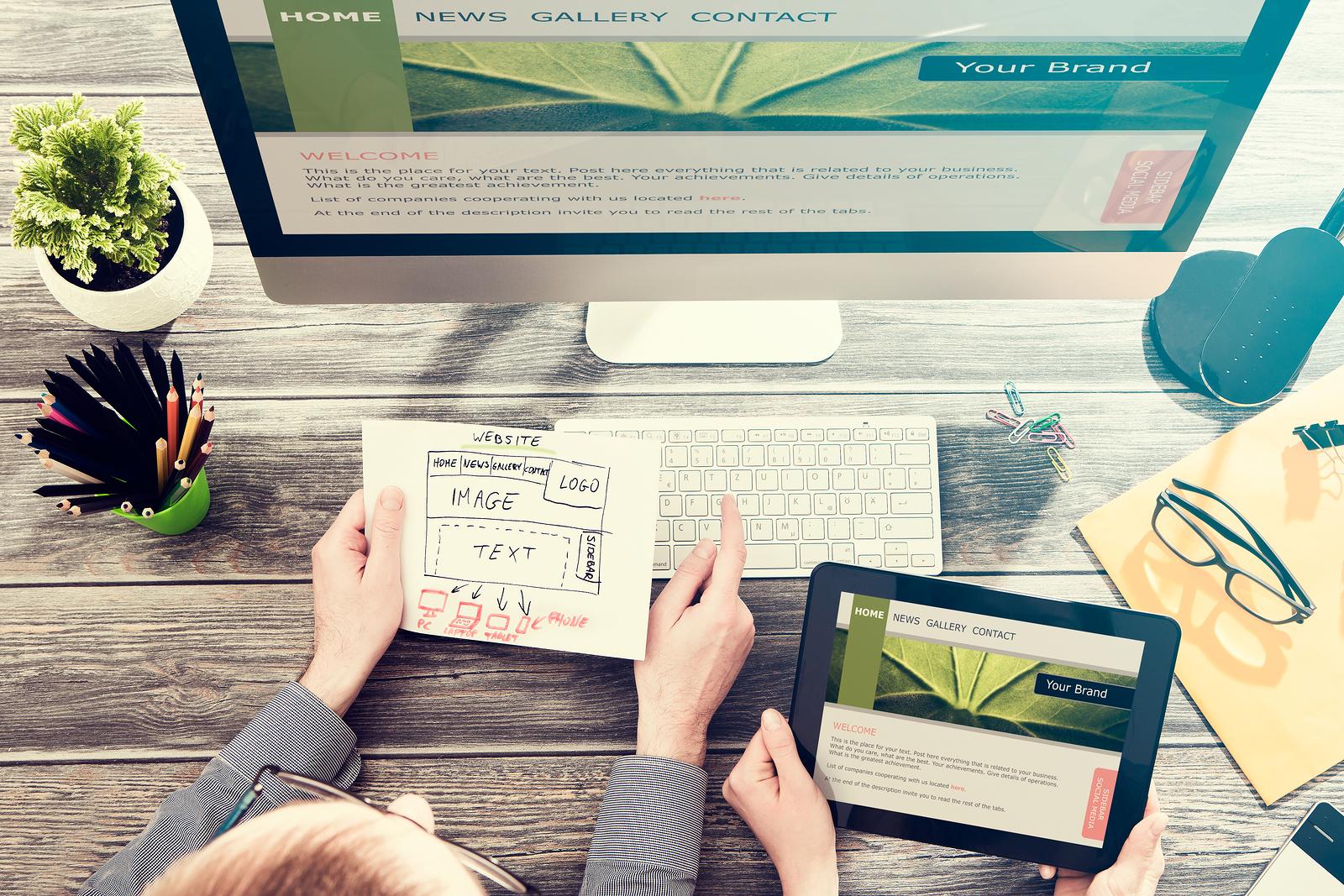 Website designer with responsive web design